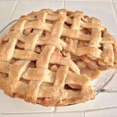 Delicious Apple Pie Small Spoon, Apple Pie, Deserts, Cakes, Food, Apple Cobbler, Desserts, Scan Bran Cake, Dessert