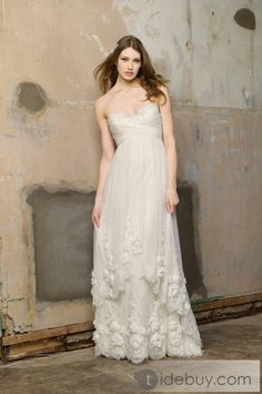 Boho chic. You would look pretty in this Ellie