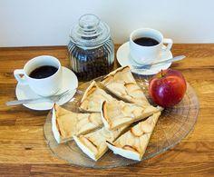 Jablečný koláč a káva