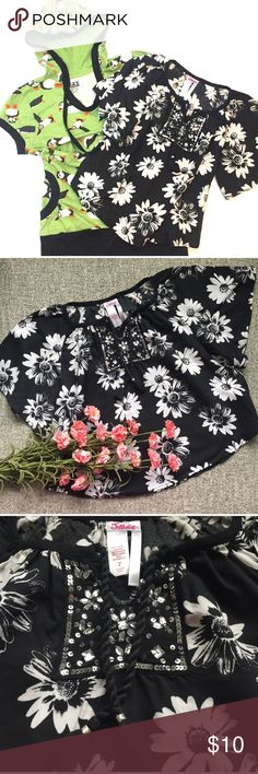 Girls Justice Top SZ 7 & SS Hoodie SZ XS Cute black and white Floral batwing top from Justice. Pretty sequined V neck and tassels. Size 7. 100% rayon. EUC! 🦄 Including a cute penguin 🐧 hoodie size XS-6/7. Justice Shirts & Tops