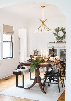 Inspiration for a non-traditional, yet nostalgic Holiday table in collaboration with Tchotchkes Design Studio. Christmas entertaining at its finest!