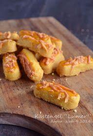 "dapur-ziah by mama'e Zie: Kastengel ""Lumer"" Delicious Cookie Recipes, Yummy Cookies, Cake Cookies, Cake Recipes, Snack Recipes, Snacks, Indonesian Cookies Recipe, Cranberry Orange Cookies, Pineapple Tart"