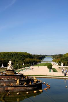Les Eaux de Versailles, this is the view from the Hall of Mirror