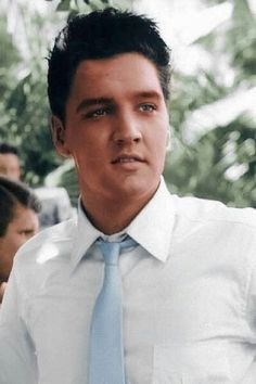 holy moly #elvis