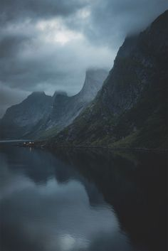 An Introvert's Paradise  | Stian Klo https://500px.com/photo/124289709/an-introvert-s-paradise-by-stian-klo
