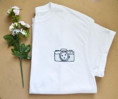 Hand-Embroidered Camera / Photography T-Shirt Tshirt Photography, Clothing Photography, Camera Photography, Product Photography, Photographer Outfit, T Shirt Photo, Shirt Embroidery, Cute Shirts, Shirt Designs