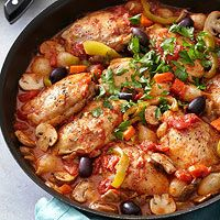 Chicken Cacciatore, I wouldn't use chicken thighs, not as healthy as skinless chicken breasts, the rest looks delish!!
