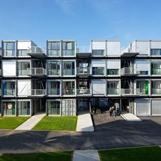 Shipping Container Homes: Cattani Architects, Cité A Docks - Le Havre, France… Green Design, Futuristisches Design, House Design, Container Home Designs, Container Sales, Container Van, Container Office, Shipping Container Buildings, Shipping Container Design