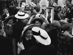 Paris Spring 1953  Photo: Robert Doisneau