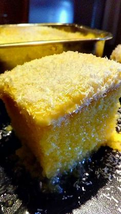 ΡΕΒΑΝΙ ΑΦΡΑΤΟ ΜΕ ΙΝΔΟΚΑΡΥΔΟ Greek Sweets, Greek Desserts, Greek Recipes, Sweets Recipes, Candy Recipes, Cooking Recipes, Greek Cake, Greek Pastries, No Bake Cake