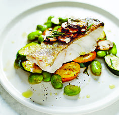 Medicinal chef and nutritional expert Dale Pinnock gives us his nutritious - and mouth-watering - recipe for white fish with peppered mushroom Scottish Dishes, Scottish Recipes, Dale Pinnock, Watermelon Nutrition Facts, Best Chef, Wonderful Recipe, Fish And Seafood, Healthy Recipes, Healthy Food