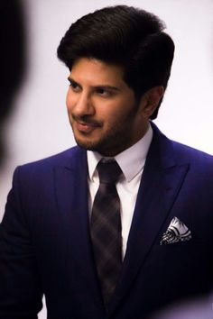 Dulquer Salmaan is an Indian film actor who appears predominantly in Malayalam and Tamil films, younger son of actor Mammootty and Sulfath. Telugu Hero, Vijay Actor, Actors Images, Star Cast, Actor Photo, Cute Actors, Indian Celebrities, Celebrity Couples, Best Actor