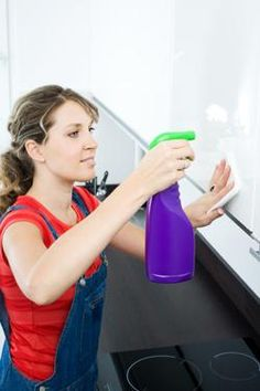 Clear the Clutter: A Room-by-Room Guide to Green Spring Cleaning