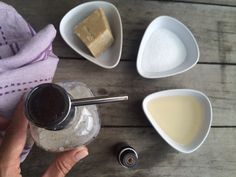 Domácí prostředek na nádobí | Home-Made.Cz Plastic Cutting Board, Diy And Crafts, Health Fitness, Jar, Homemade, Jewelery, Cosmetics, Homemade Cosmetics, Health