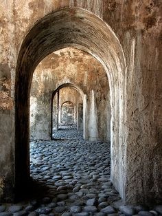 Google Image Result for http://www.hipikats.com/cpg1413/albums/userpics/10001/ancient_doorways.jpg