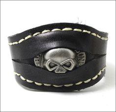 BRAND NEW Skull Biker Bracelet