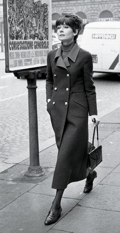 coat: Valentino Couture.