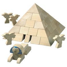 Pyramid World Architecture Blocks - what a great way to teach kids about world architecture! #oompatoys #habausa