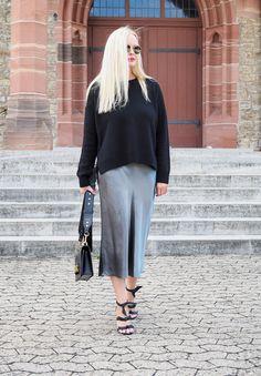 Styling Tipps: Wie kombiniere ich einen Rock für den Herbst. Auf meinem Fashion Blog gebe ich Styling/ Trend Tipps wie ich als Modeblogger Trends umsetze.