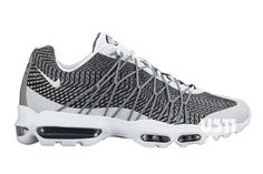 FIRST LOOK AT THE NIKE AIR MAX 95 ULTRA JACQUARD | Sneaker Freaker