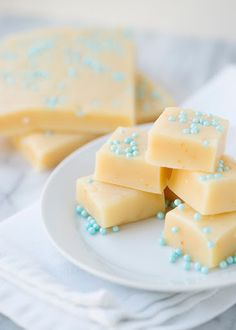 Snowflake Fudge Recipe on Yummly. @yummly #recipe