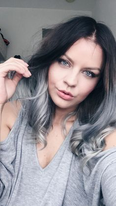 ASH BROWN ROOTS & SILVER GREY BALAYAGE GREYHAIR OMBRÉ / LOB LONG BOB GREYHAIR INSPIRATION @irislarisa