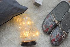 Lora de @mi_silla_azul nos ha dejado una idea genial en el blog para transformar cualquier textil que #decoupage queramos!http://www.diariodeco.com/2017/12/navidad-handmade-con-decoupage-textil.html