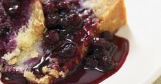 Recette: Pouding chômeur aux bleuets - Circulaire en ligne Pudding Chomeur, Brioche French Toast, Blueberry Compote, Chocolate Strawberries, Ricotta, Cheesecake, Treats, Baking, Breakfast
