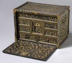 Rechthoekig japans kabinet, anoniem, 1600 - 1699
