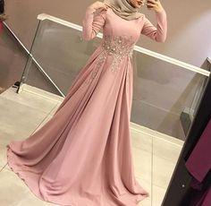 Robe soirée hijab Fashion Style For Teens Party - Fashion Don't Jump! Hijab Prom Dress, Hijab Evening Dress, Muslimah Wedding Dress, Hijab Style Dress, Muslim Dress, Abaya Fashion, Muslim Fashion, Fashion Dresses, Fashion Fashion