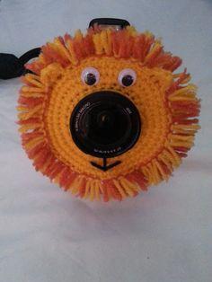 Crochet Lion Lens Buddy PDF Pattern.