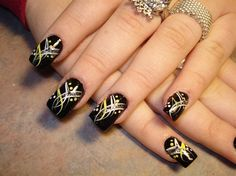 Image detail for -nail art design ideas Dark Nail Art Designs Black Nail Designs, Simple Nail Art Designs, Cute Nail Designs, Paint Designs, Fingernail Designs, Simple Art, Pedicure Designs, Elegant Designs, Simple Lines