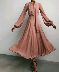 Modest Outfits, Classy Outfits, Chic Outfits, Dress Outfits, Vintage Outfits, Fashion Dresses, Modest Dresses, Elegant Outfit, Elegant Dresses