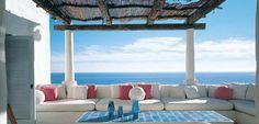 pergola design bambus überdachung sofas kissen auflagen