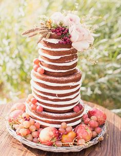 2014 Wedding Trends: Naked Cakes