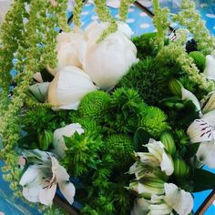 White&green flower arrangement #passover #holiday #family #love #flowers #peonies #succulents