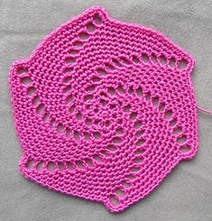 use size 10 thread for coaster, or larger yarn for larger project (Ravelry - lace spiral coaster)