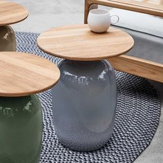 The Gloster Blow Low Side Table offers stunning design options with various ceramic glazes available to pair with the round teak top. Gloster Outdoor Furniture, Modern Outdoor Lounge Furniture, Furniture Care, Teak Furniture, Garden Furniture, Furniture Ideas, Teak Table, Ceramic Table, Table Accessories
