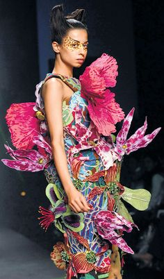 "Manish Arora's Fashionable Collection.. ~ Queen Of Heaven...~ ~ Really? ""Fashionable Collection""?  I don't think so!!!"