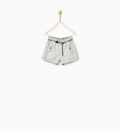 Image 1 of BERMUDA SHORTS WITH STAR BELT from Zara