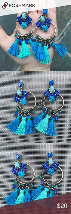 💓NEW💓 Chic Hoop Fringe Blogger Style Earrings Stunning earrings! So blogger chic. Brand new. All jewelry is buy 2 get 1 free. Jewelry Earrings