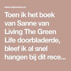 Toen ik het boek van Sanne van Living The Green Life doorbladerde, bleef ik al snel hangen bij dit recept voor een vegan stoofpotje met zoete aardappel...