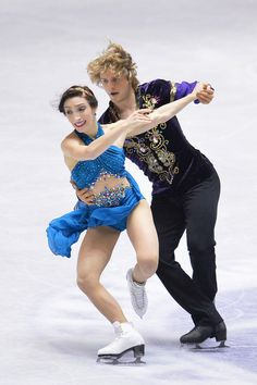 Meryl Davis and Charlie White of United States competes in the Ice Dance free program during day three of ISU Grand Prix of Figure Skating  ...