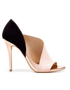 Escarpins Zara--- I need to make a trip to zara.