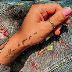 Bilek Dövmeleri - En Anlamlı Kadın Dövme Modelleri - StabilHayat - Bilek Dövmeleri – En Anlamlı Kadın Dövme Modelleri – StabilHayat Imágenes efectivas que le - Side Hand Tattoos, Small Hand Tattoos, Finger Tattoos, Girl Tattoos, Tatoos, Couple Tattoos, Subtle Tattoos, Dainty Tattoos, Pretty Tattoos