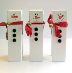 """41/2"""" Clothespin snowmen"""