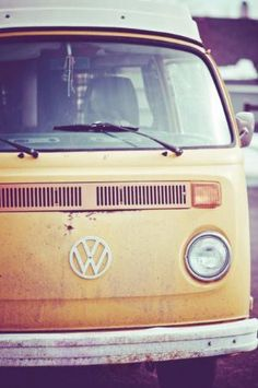 Who wants to go on a road trip in one of these? .. that's right, i do. :)
