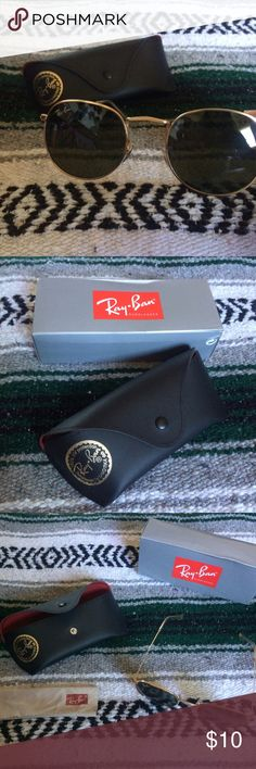 Ray ban sunglasses NOT AUTHENTIC. These are brand new, never worn. I bought with out knowing they were fake. I'm just trying to get rid of these glasses Ray-Ban Accessories Glasses