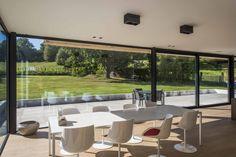 Creëer een handige doorgang naar tuin of terras met mooie én veilige schuiframen van Belisol. In maar liefst 3 mogelijke schuifsystemen!