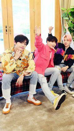 Vocal line lights 🚥 Vmin, Bts Boys, Bts Bangtan Boy, Bts Jungkook, Billboard Music Awards, Foto Bts, Guinness, Bts Boyfriend, Bts Cute